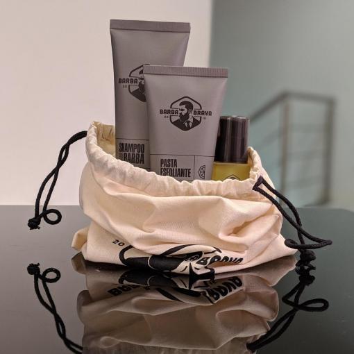 produtos para barba com saquinho de algodão